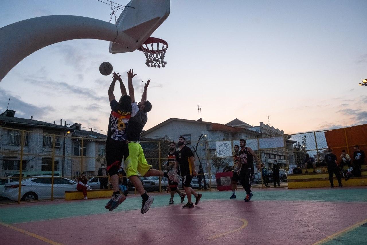 677 - اجرای نمایش بسکتبال آکروباتیک و مسابقه 3×3 در جشنواره ورزشهای خیابانی