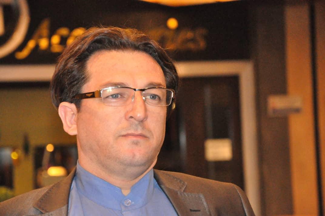 سید محمد حسینی شاعر