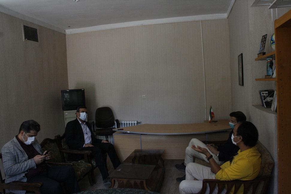 حضور معاون تربیت بدنی و سلامت و مدیر روابطعمومی ادارهکل آموزش و پرورش استان کرمان در خبرگزاری برنا