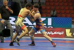 راهیابی دو تیم ایرانی به فینال رقابت های کشتی