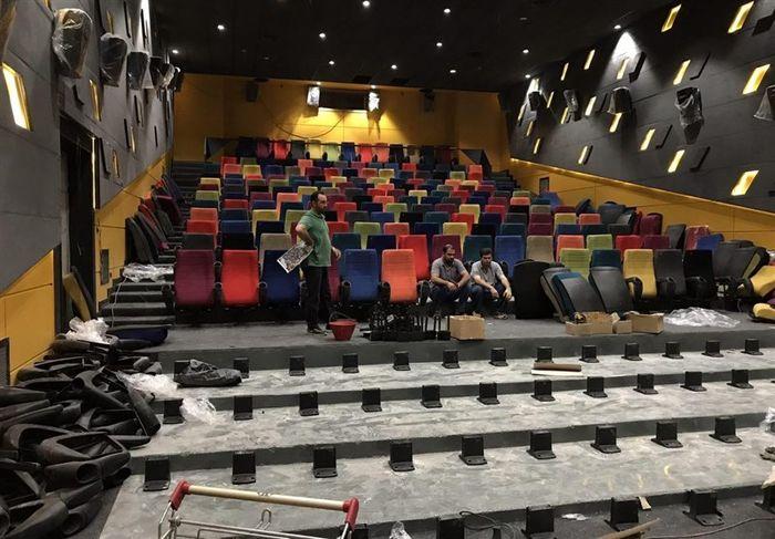 چند نفر به دیدن فیلمها بر پرده سینما رفتند؟