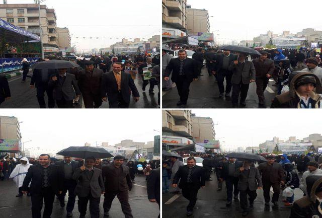 حضور استاندار تهران در راهپیمایی روز 22 بهمن