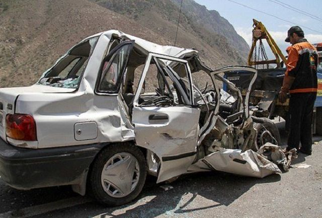 خودروسازان در ایران بهخاطر بیکیفیتی تولیدات مجبور به پرداخت غرامت نیستند/ 50 درصد تصادفات در کشور به دلیل غیراستاندارد بودن خودروها