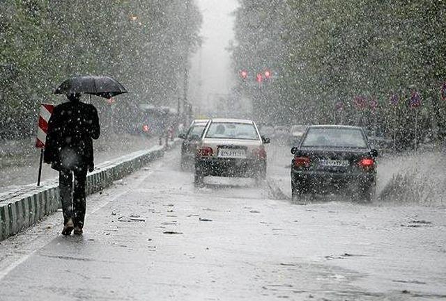 ادامه بارش ها تا فردا و کاهش دمای محسوس