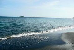 دریای خزر طوفانی ست