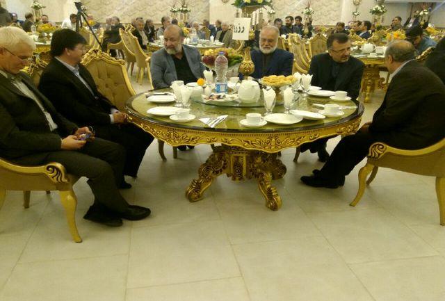 علی پروین در مراسم یاد بود مرحوم پور حیدری حاضر شد