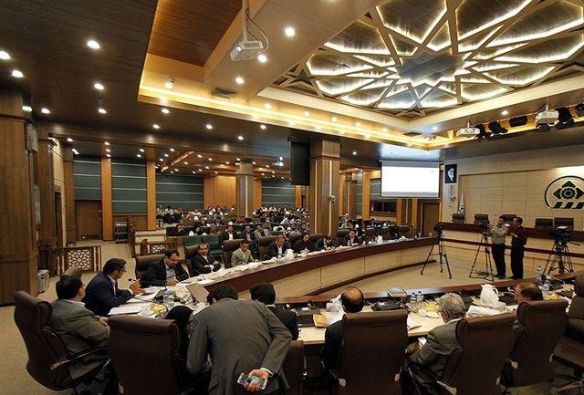 کشمکش فرمانداری با رئیس شورای شهر شهر شیراز/رئیس شورای شهر شیراز جلسه شورا را ترک کرد