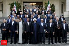 همه آنچه در سال 97 بر دولت روحانی گذشت
