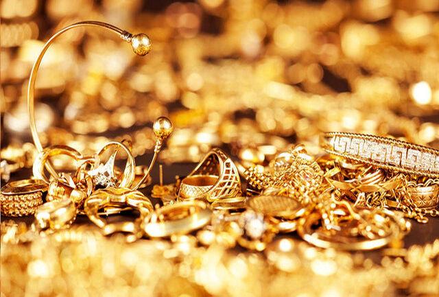کشف بیش از 5 کیلو طلای قاچاق از یک پشت صندلی راننده یک اتوبوس