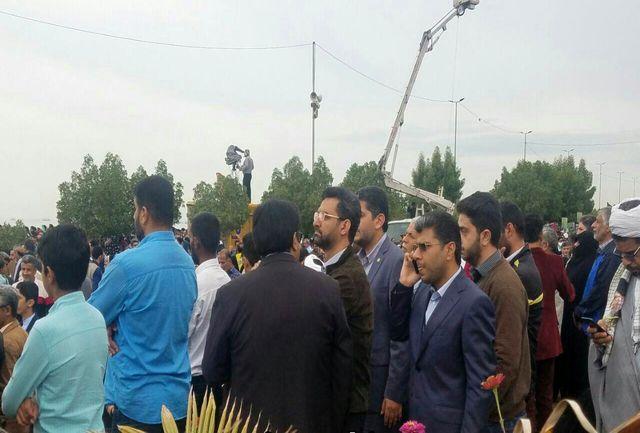 حضور وزیر ارتباطات در جمع راهپیمایان بندرعباسی