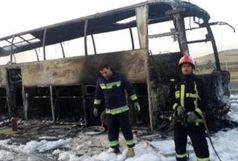 آتش گرفتن اتوبوس مسافربری در نزدیکی سنندج