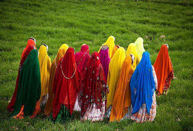 دوخت لباس محلی بختیاری از رشته های اصیل و بومی صنایع دستی