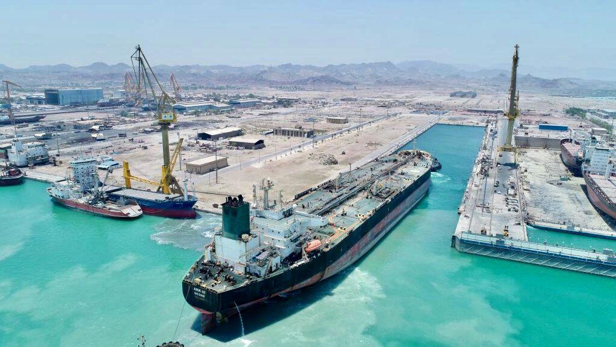 تعمیر نفتکش ها در ایزوایکو ادامه دارد