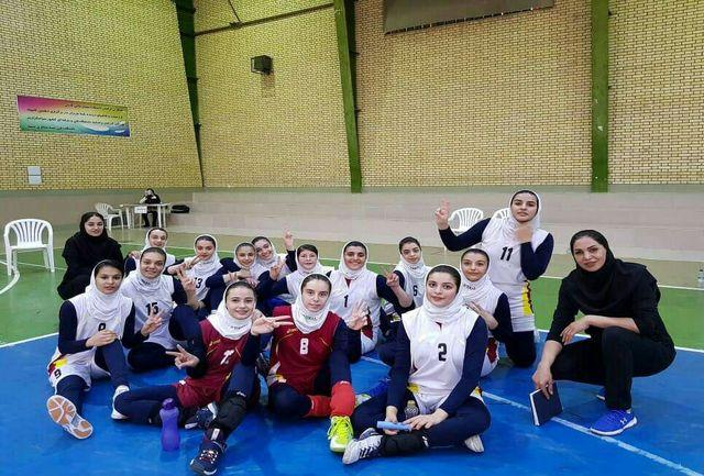 بانوان والیبالیست آذربایجانغربی هم به نیمه نهایی صعود کردند