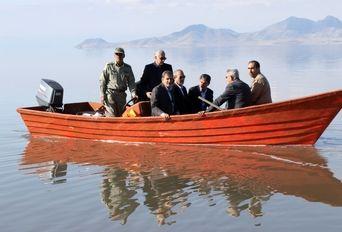 بازدید معاون اول رئیس جمهوری از دریاچه ارومیه