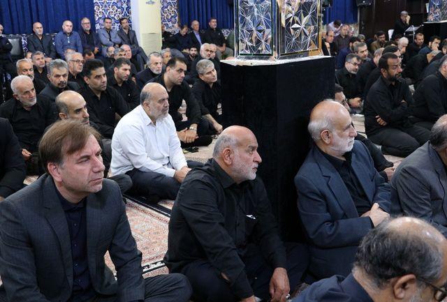 حضور استاندار گیلان در مراسم عزاداری اباعبدالله الحسین (ع) در مسجد خواهر امام رشت