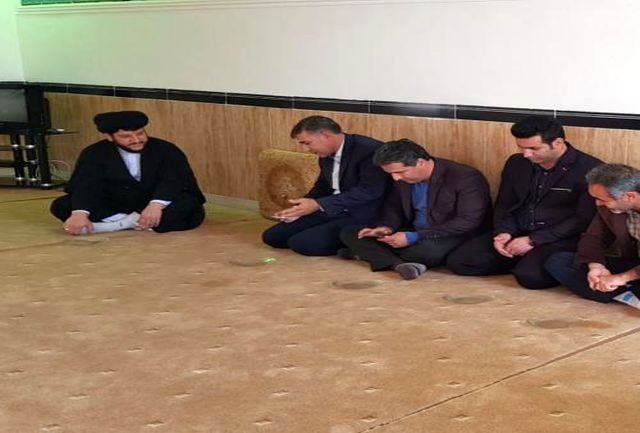 دیدار نوروزی کارکنان و روسا هیات های ورزشی با امام جمعه شهرستان سیروان