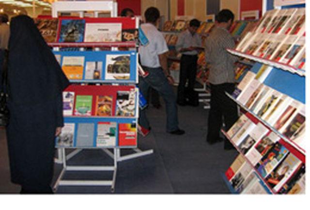 برق نمایشگاه کتاب رفت/ پارکینگ شهید بهشتی بسته است
