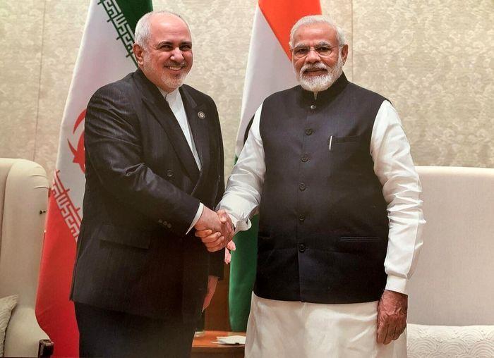 ظریف با نخست وزیر هند دیدار کرد