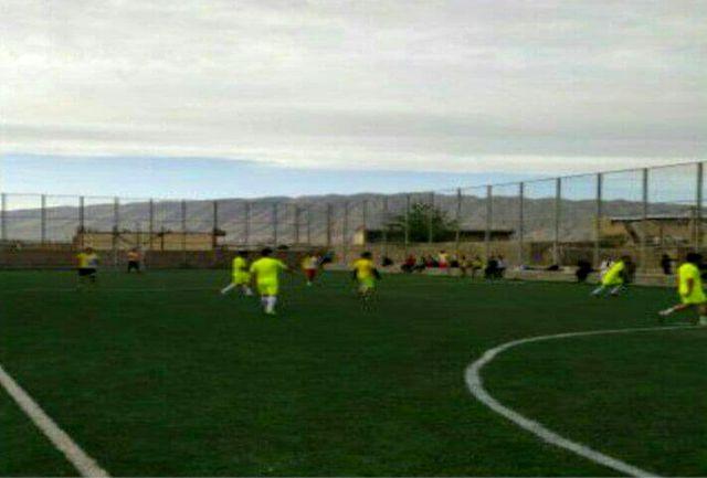 برگزاری مسابقات فوتبال یادواره شهدای سراب حمام در پلدختر به مناسبت هفته جوان