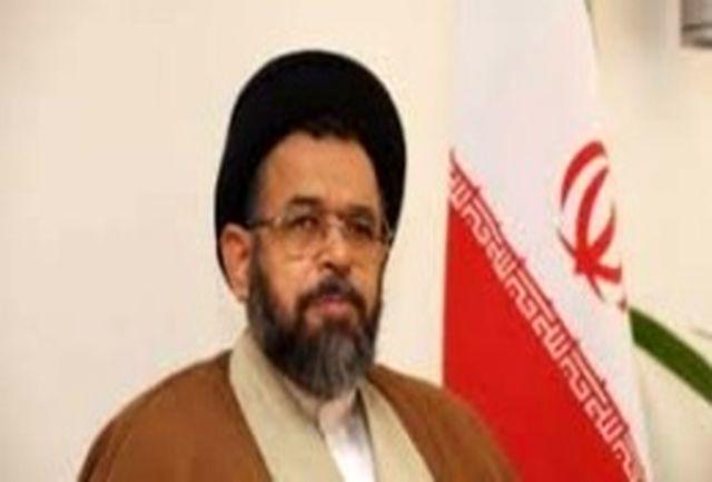 وزیر اطلاعات از جانبازان، آزادگان و خانوادههای شهدای سربازان گمنام تجلیل کرد