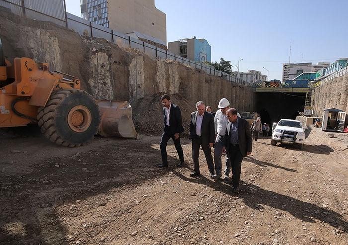 میزان پیشرفت پروژه احداث تونل - زیرگذر استاد معین