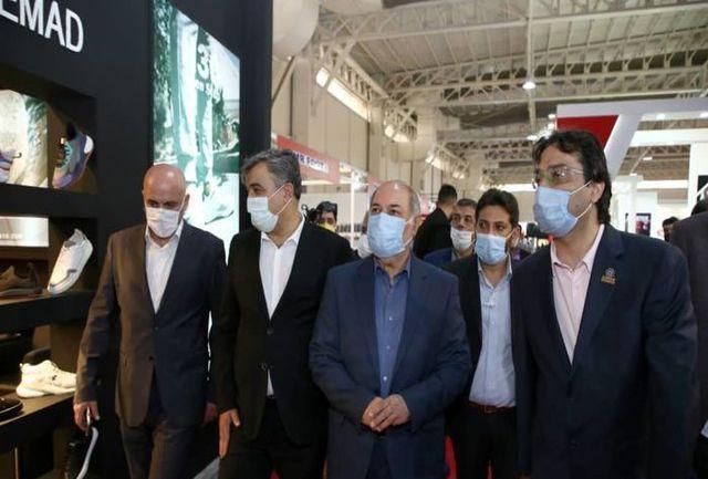 تقیزاده نوزدهمین نمایشگاه ورزش را افتتاح کرد