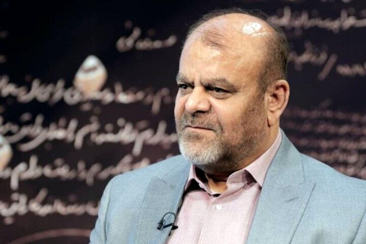 انتقادوزیر راه و شهرسازی از عملکرد برخی مسئولان راهآهن جمهوری اسلامی ایران