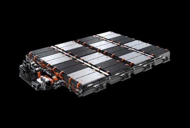 همه آن چیزی که باید درباره باتری خودروهای الکتریکی بدانید