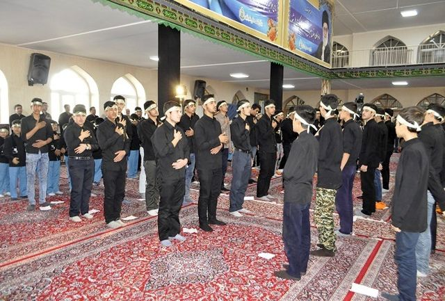 انقلاب اسلامی پرتویی از انقلاب کربلا است