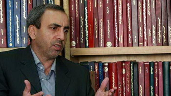 نمیشود هرکسی که فحاشی کرد را انقلابی محسوب کنیم/ مشکلات کشور با  داد و فریاد حل نمیشود