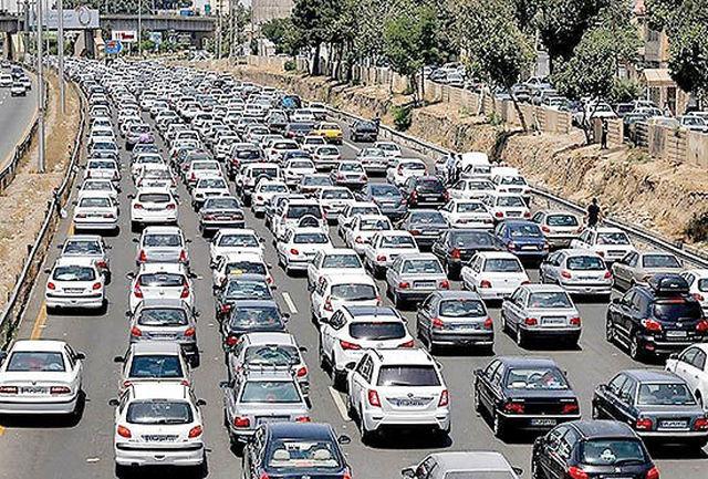 کدام جادهها ترافیک پرحجم دارند؟/ مسافران بخوانند