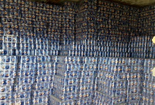 کشف آبمیوههای احتکار شده 3 میلیاردی در هیرمند