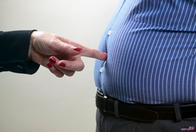 عادتهایی که باعث بزرگ شدن شکم میشود
