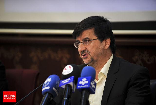 احمدی: همه باشگاهها باید قواعد سازمان لیگ فوتبال را رعایت کنند