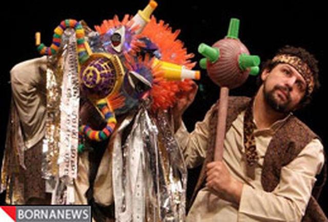 نمایش عروسکی ˝رستم و شاهنامه˝ در دوستان زنده اجرا میشود