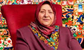 سیما فردوسی با خانواده فیروزه ای به اصفهان می آید