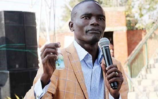 این مرد شماره موبایل خدا را دارد!+ عکس