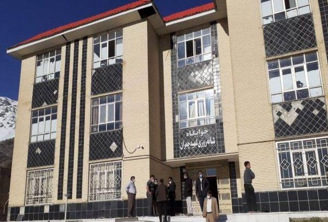 مدارس محل اسکان نیروهای امدادی و مردم زلزلهزده سی سخت شد