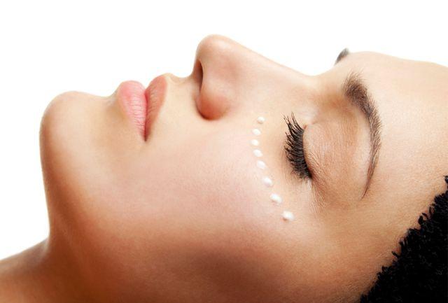 گودی زیر چشم را سه سوته درمان کنید