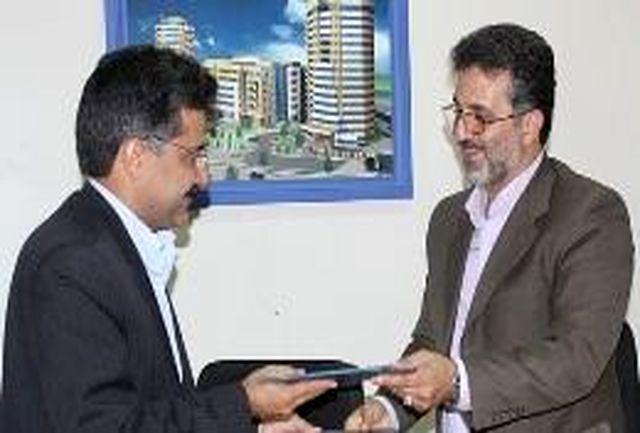 تفاهمنامه بین شهرداری یزد و گروه پیشگامان کویر به امضا رسید