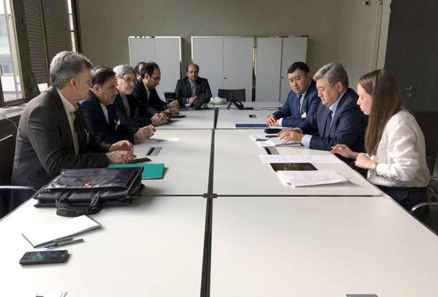 وزیر راه و شهرسازی ایران  با وزیرحمل و نقل اوراسیا دیدار کرد