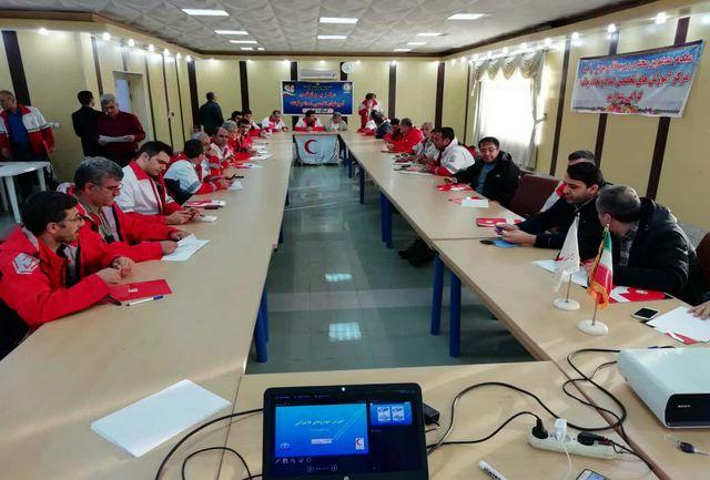 استان گیلان میزبان دوره آموزشی کار با خودروهای نجات و آفرود هلال احمر شد