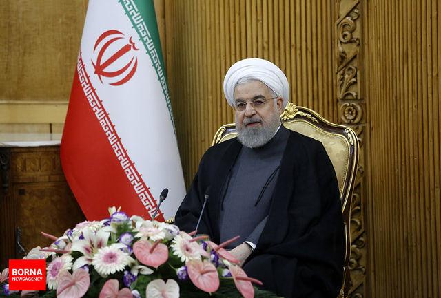 دکتر روحانی درگذشت مادر بزرگوار شهید گرانقدر سردار همت را تسلیت گفت