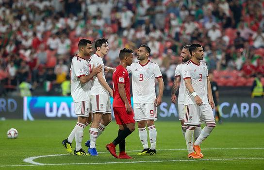 دیدار تیم های فوتبال ایران و یمن