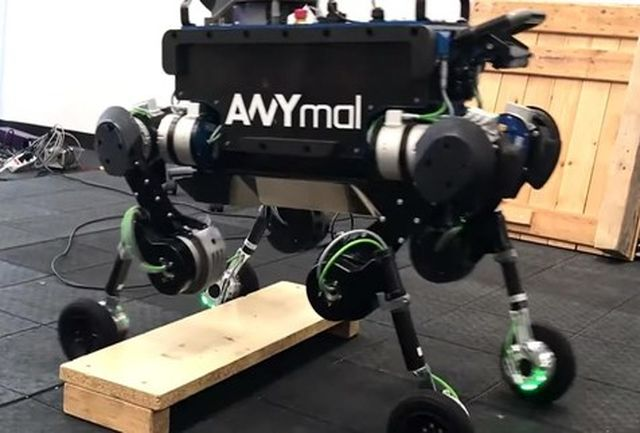 ربات خودران با قابلیت حرکت روی سطوح ناهموار