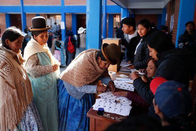 کرونا انتخابات ریاست جمهوری را به تعویق انداخت