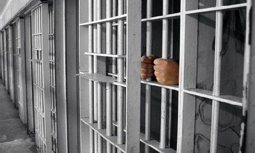 ناآرامی لحظه ای زندان مرکزی اهواز کنترل شد/ فرار از زندان گزارش نشده است