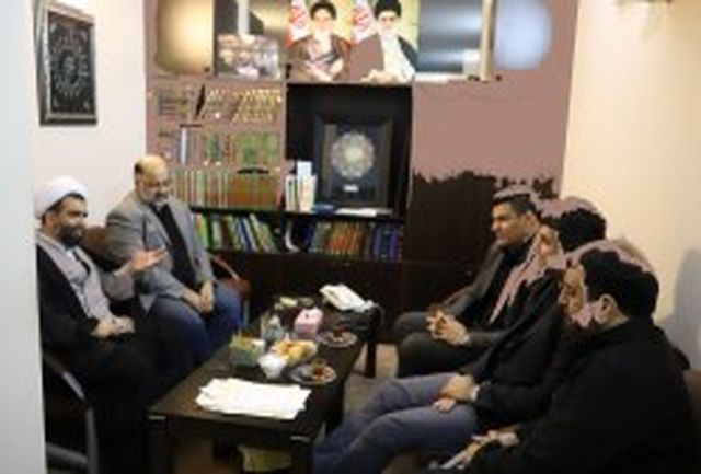 دیدار مدیران و مسئولان موسسه ورزش و تفریحات سالم با امام جمعه کیش