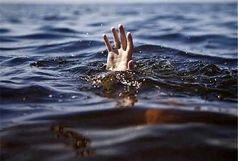 نجات زوجهای گرفتار در دریاچه ارومیه